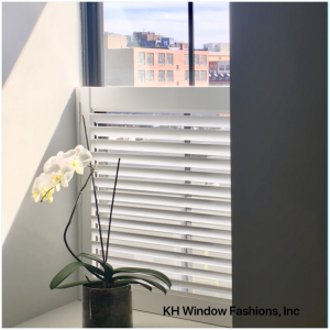 Hunter Douglas shutter, white shutter, New Style shutter, cafe shutter, single panel shutter, shutter, blind, shade